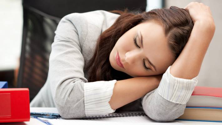 Why feel sleepy after eating