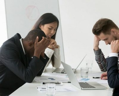 How to manage employees with bad attitude