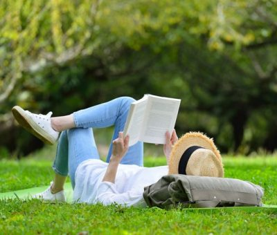 What do successful people do with their free time