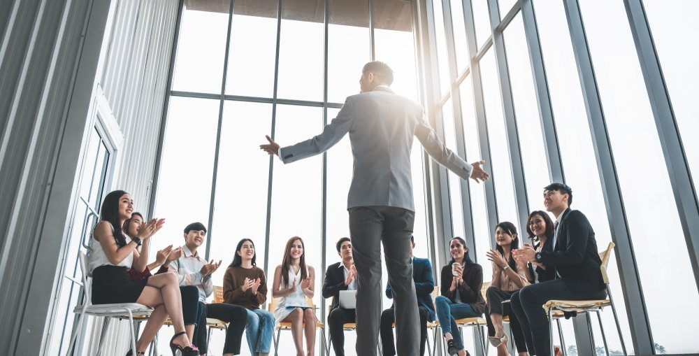 how to inspire others as a leader